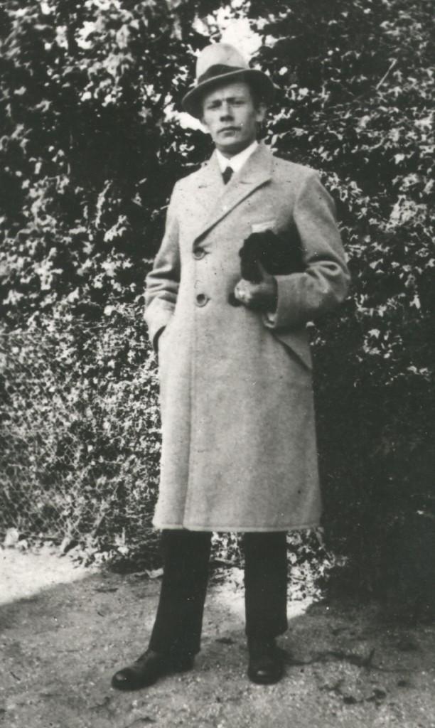 1910 Aage Larsen (2)