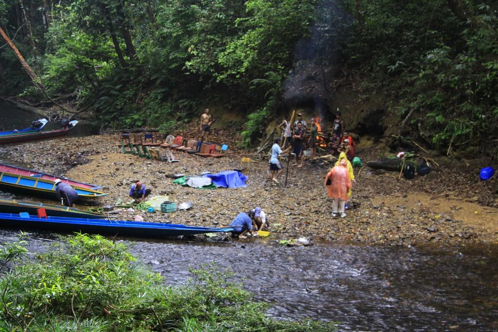 Flodtur med Ibanfolket (16)