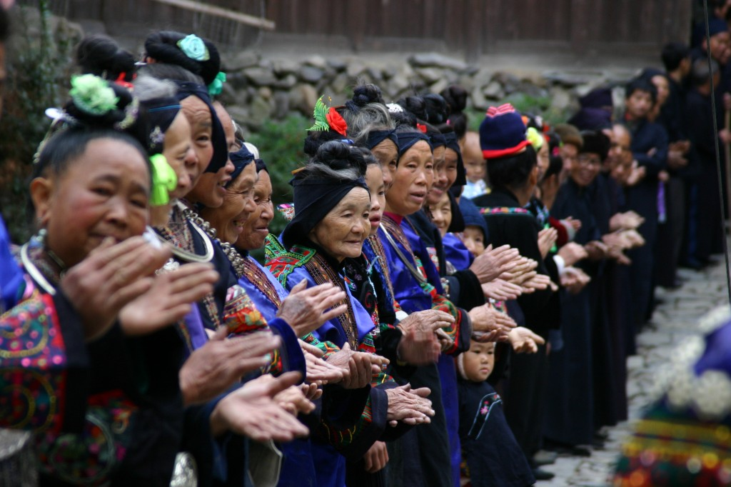 Langskørtet Miao-folk (5)