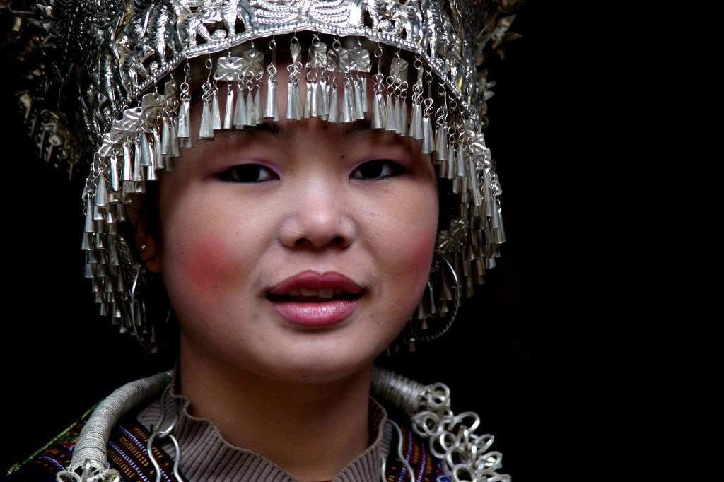 Langskørtet Miao-folk (9)